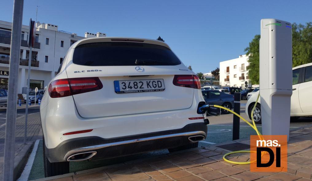En Balears circulan cerca de 2.500 vehículos eléctricos | másDI - Magazine
