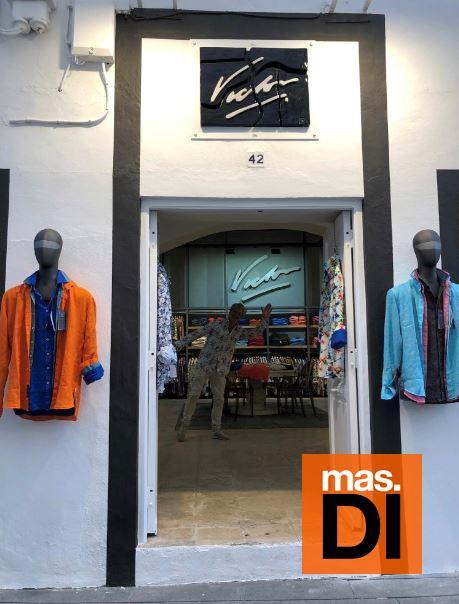 Casi cuatro décadas de diseños y estampados únicos 'made in' Eivissa