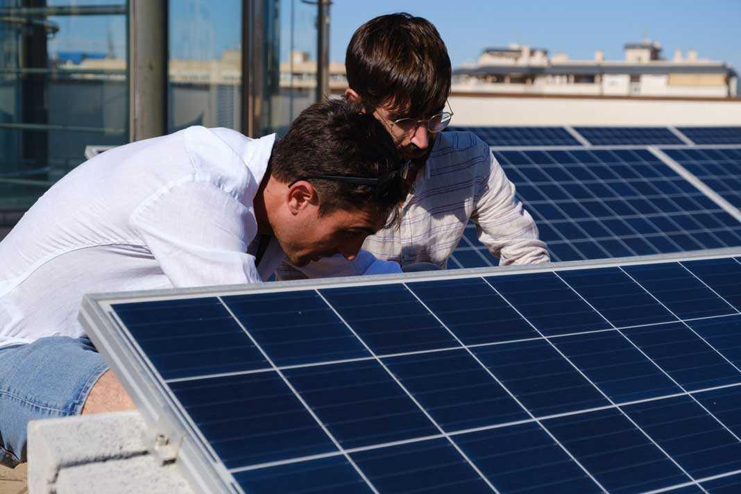 Solsulet cuenta con especialistas en todos los ámbitos de la energía solar. Sergio G. Cañizares