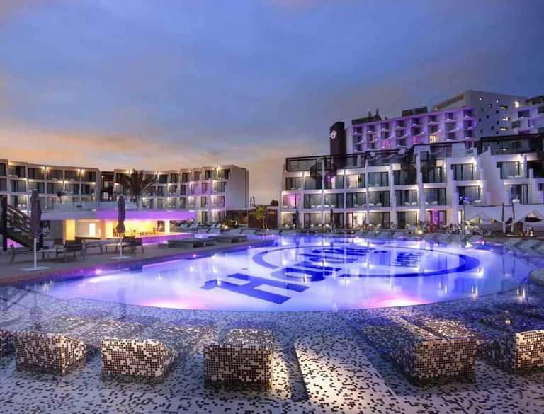 Los hoteles Hard Rock Ibiza y Tenerife, galardonados por su oferta  para el turismo de negocios