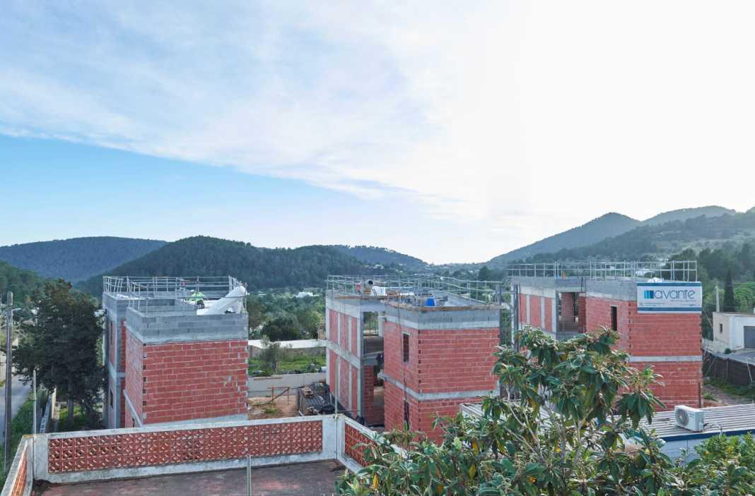 Las viviendas unifamiliares se están construyendo en Sant Josep de sa Talaia.