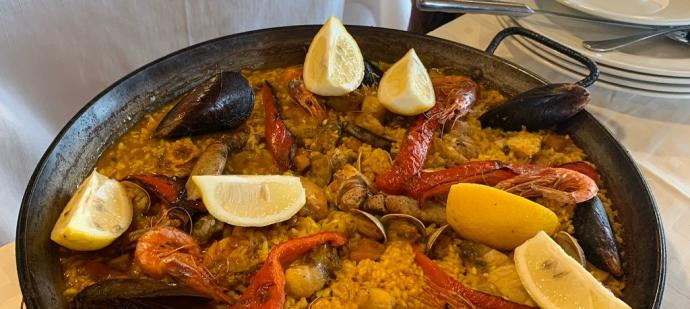 Casa Manolo pone en marcha su servicio de comida a domicilio en Ibiza