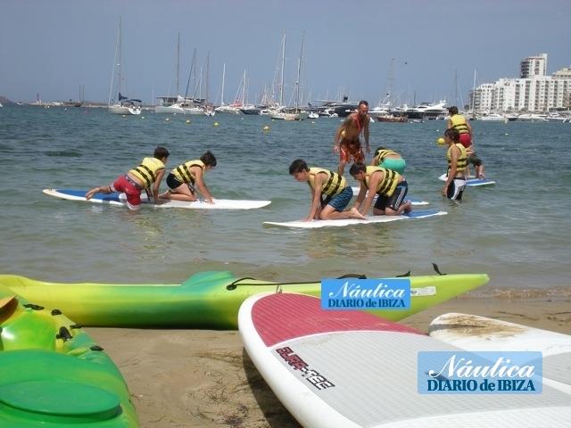 Es Nàutic acerca el placer de navegar a extranjeros y residentes s'Arenal