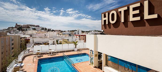 Un oasis con vistas en el centro de Ibiza