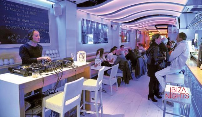 El dj Bruno from Ibiza pinchó durante la cena.