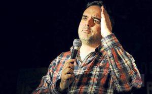 El humorista Paco Calavera sobre las tablas delPereyra. | Gabi Vázquez