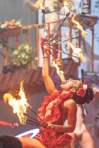 Fire, acrobatics and even live sex, Supermatxé is pure spectacle.