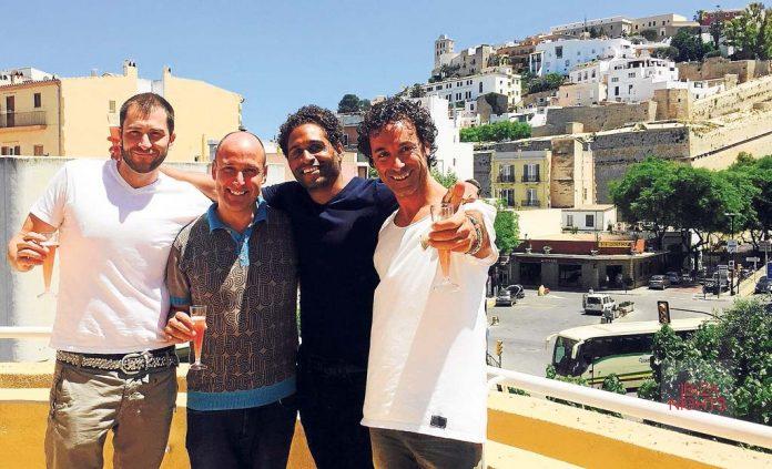 Mike Cunningham de BE-AT.TV, Igor Marijuan de Ibiza Sonica, Ray Smith de BE-AT.TV y Miguel Valverde de Ibiza Sonica.