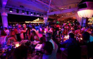 Espectacular panorámica del cabaret restaurante Lío. R.E..I.