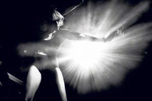 Discoteca Space | La cuarta temporada de Enter trae increíbles bailarinas