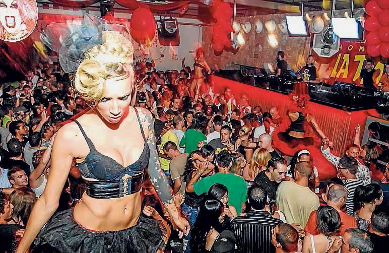 [:es]El espectáculo de La Troya volverá a la discoteca Space.[:]