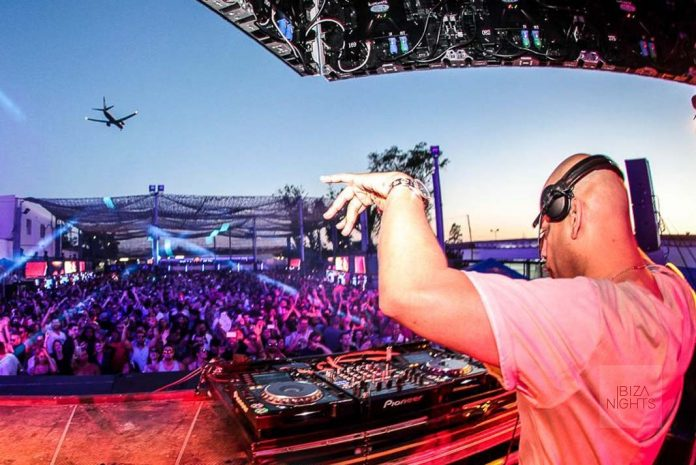 Dennis Ferrer en el último 'opening' de Space Ibiza.