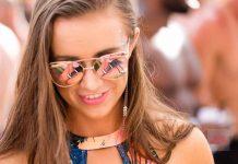 Moda de baño. El modelo 'rimless' es el favorito en gafas de sol esta temporada. SGC
