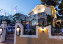 Villa Mercedes es uno de los locales emblema en la isla. Café Mambo Iibiza