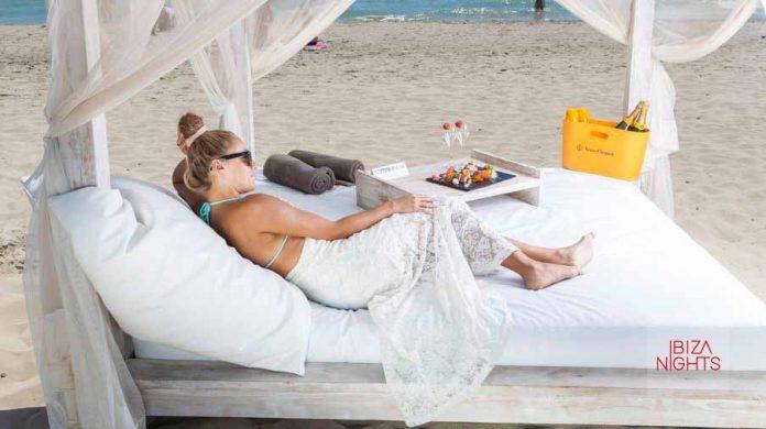 Ushuaïa Ibiza Beach Club. Un lugar donde sentirse muy cerca del paraíso.
