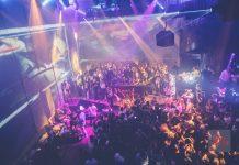 Escenario y pista de baile en una fiesta reciente de Heart Factory. Foto: Heart Ibiza