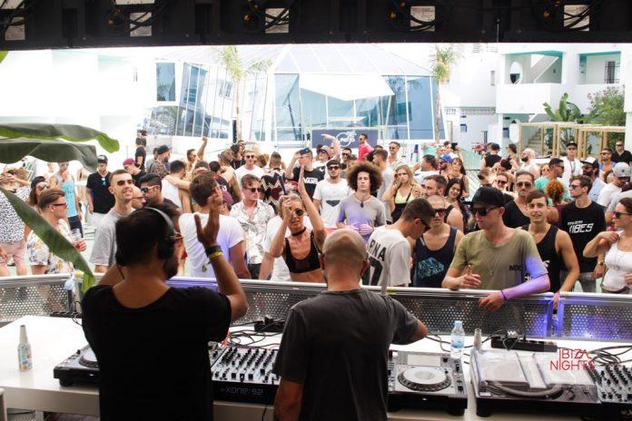 Music On After Party La fiesta se celebró en El Patio, el área de la piscina de los Apartamentos Bora Bora. Foto: JS