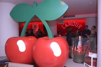La Cherry Room. La sala tiene refleja el más puro estilo de las dos cerezas.