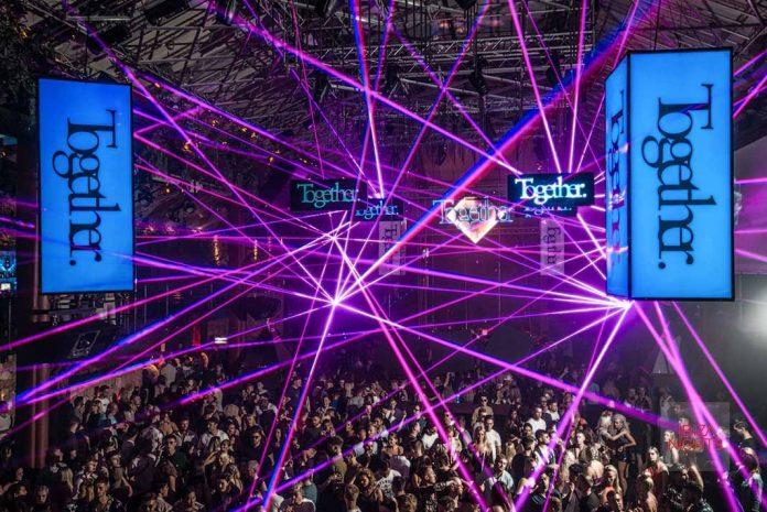 Una fiesta con un alto nivel de producción creada para sorprender al público. Foto: David Pareja