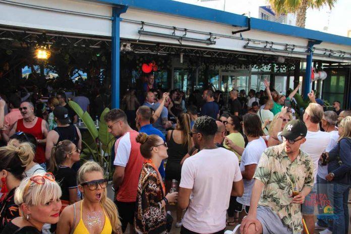 El club abre sus puertas los sietes días de la semana. Fotos: Karina Sayas
