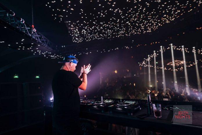 El dj sueco ofrece cada martes sesiones de techno duro.. Foto: Hï Ibiza