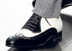 Los novios se visten por los pies. BARCELONA BRIDAL WEEK