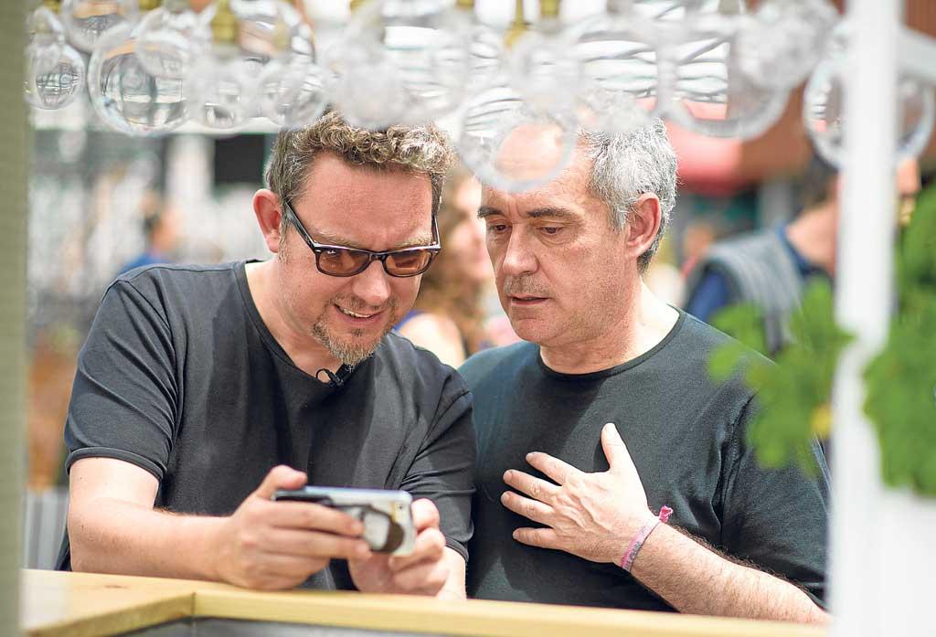 [:es]Albert y Ferran Adrià, el día de la presentación.[:]