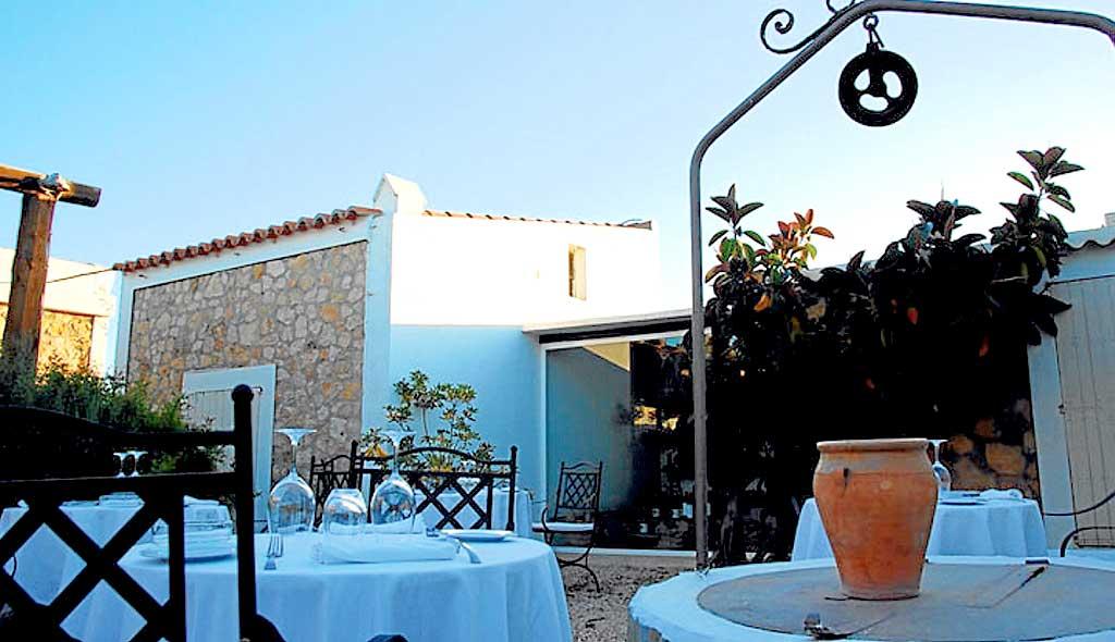 Can Dani está en el kilómetro 8,5 de la carretera de la Mola, en Formentera.