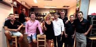[:es]Equipo de profesionales de la pizzeria restaurante Can Tommy de Sant Jordi.[:]