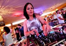 La ibicenca Anna Tur se codea con las mejores DJ's en diferentes residencias.
