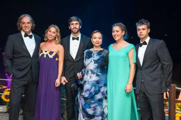 [:es]Juan, Beatriz y Gónzalo Pérez Maura, Marta García Botín y Juan Peréz Maura[:]