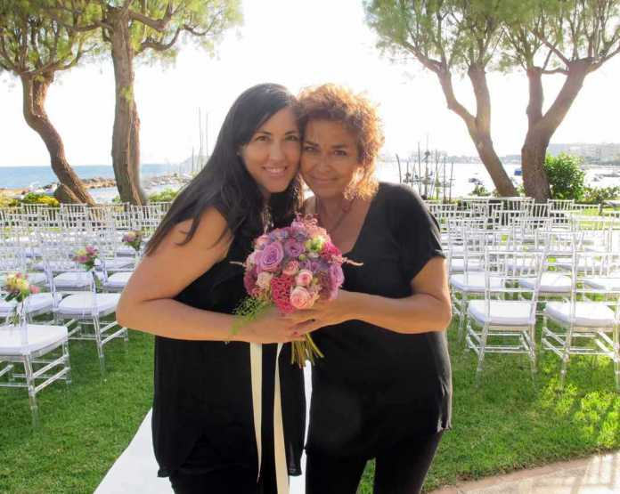[:es]Verónica Prats y Cristina Escudero, las hadas madrinas.[:]