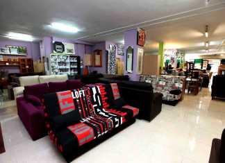 Gran variedad de muebles en sus instalaciones de Ibiza ciudad. RUBEN E. IBÁÑEZ