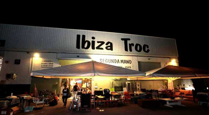 Entrada a Ibiza Troc, situada en la carretera de Sant Miquel, km. 0,8. RUBEN E. IBÁÑEZ