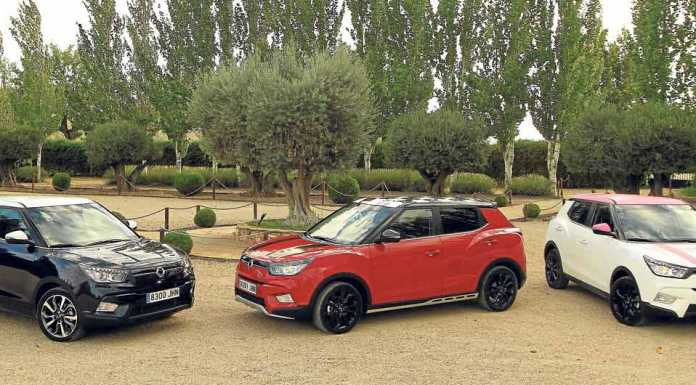 Tres diferentes modelos, acabados y personalizaciones del nuevo Tivoli con motor cien por cien Ssangyong. SSANGYONG