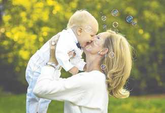 Cariño, paciencia y compromiso, esenciales para la educación del niño.