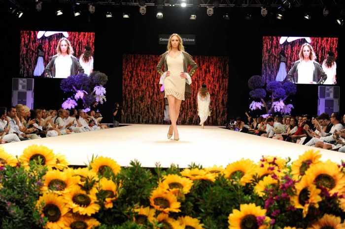 Entre flores y velas, transcurrió la segunda jornada de Moda Adlib.