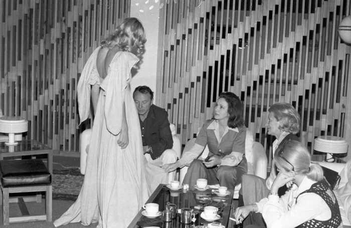 Una modelo Smilja y el gremio de algodoneros de EEUU en el año 1975.
