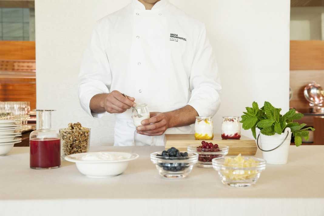 Atención personalizada para elaboraciones al gusto del cliente. IBIZA GRAN HOTEL