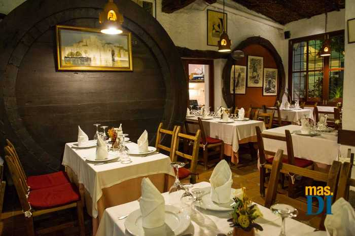 Comedor del restaurante típico ibicenco Celler Can Pere. SERGIO G. CAÑIZARES
