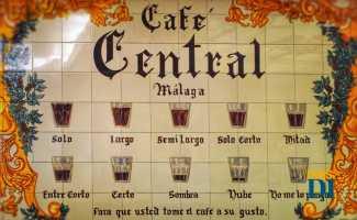 Mosaico cartel en el Café Central de Málaga.
