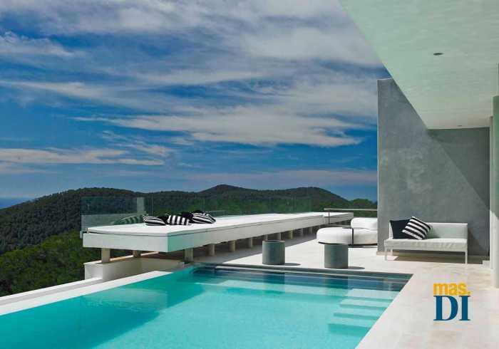Cómo tener una piscina  más sostenible y económica | másDI - Magazine