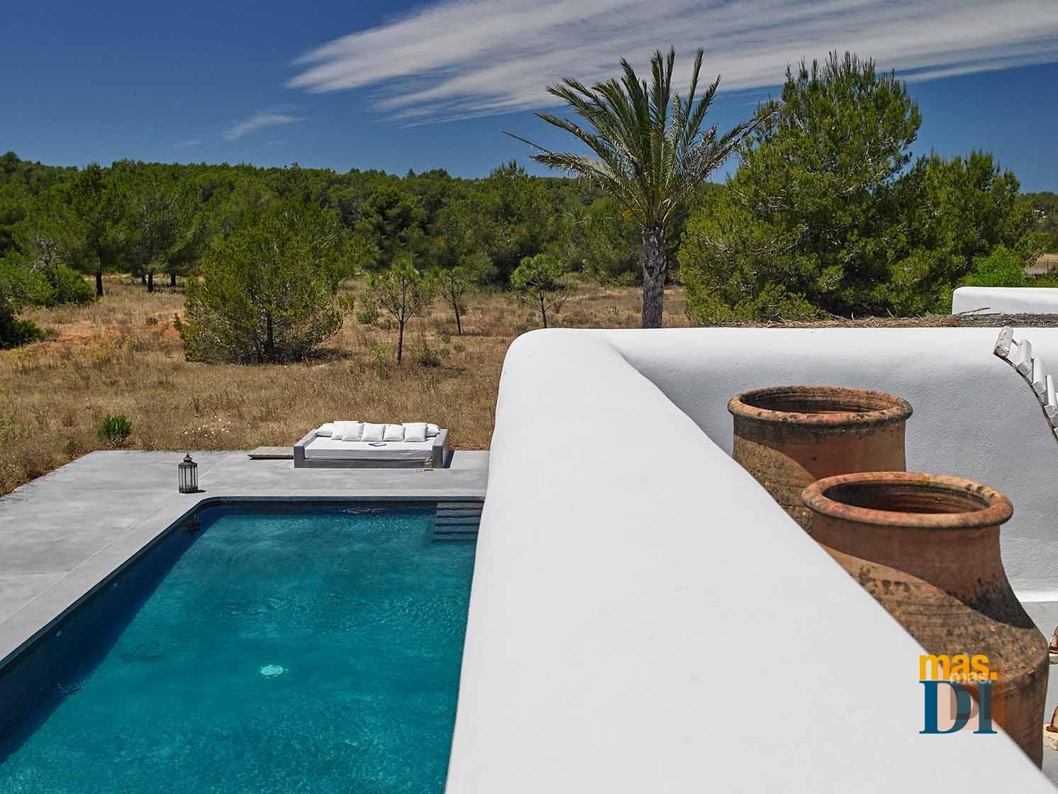 C mo tener una piscina m s sostenible y econ mica categor a for Cantidad de sal para piscinas