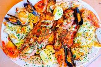 Restaurante El Pulpo, disfrutar de una sabrosa paella frente al mar