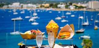 Hotel Sol House. Tentaciones gastronómicas con vistas a la bahía. fo