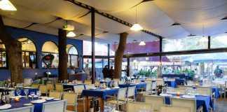 Restaurante Asador Sissi's. Agradable terraza en Platja d'en Bossa.