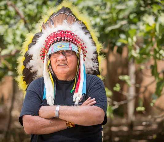 Chief Black Spotted Horse, líder de la tribu Yankton de Dakota del Sur.