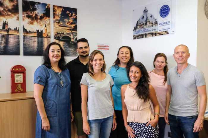 Academia Big Ben. La tecnología en los exámenes  de inglés de Oxford llega a Ibiza | másDI - Magazine