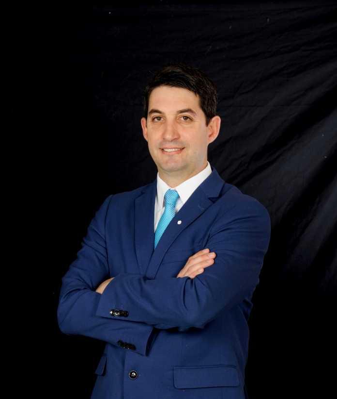 Carlos Ortiz es presidente del Comité Científico del Congreso Internacional de Prótesis Dental (CIProDI)..