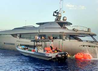 Eivisub reflotamiento. Rescate de embarcaciones en situaciones complicadas es uno de los trabajos que más suelen realizarse en verano